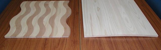 Uraho素材(写真左)と暴れてしまった従来素材(右)の比較