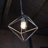 幾何学ランプを製作しました。マグネシウムの軽量性と放熱性、そして金属の質感を活かされています